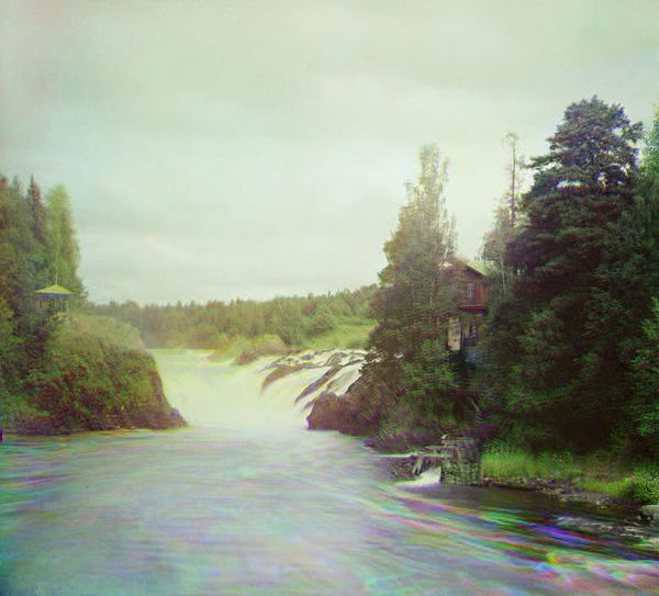Кивач и Шаваньская плотина: падающая вода