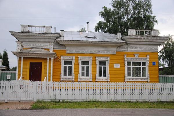 Вологда: кружевной палисад