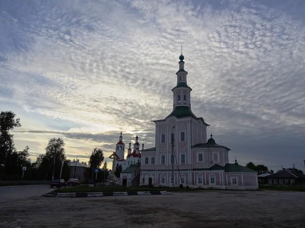 Тотьма: город черной лисы и церквей-галеонов